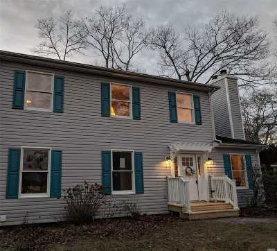 Hampton Bays Single Family Home For Sale: 10 Oak St