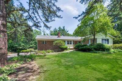 Dix Hills Single Family Home For Sale: 10 Schoolhouse Way