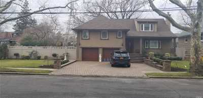 Woodmere Single Family Home For Sale: 563 Sunset Dr
