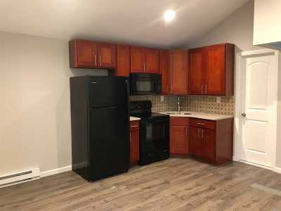 Huntington Rental For Rent: 297 Maplewood Rd