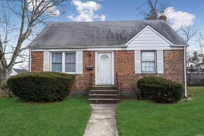 East Meadow Single Family Home For Sale: 2174 Prospect Ave