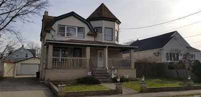 Freeport Multi Family Home For Sale: 49 Nassau Ave