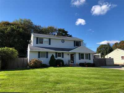 Medford Single Family Home For Sale: 2810 Connecticut Ave