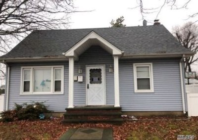 Nassau County Single Family Home For Sale: 1103 N Broadway