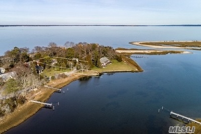 Hampton Bays Single Family Home For Sale: 22 Clairdale Dr
