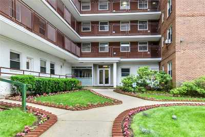 Astoria, Sunnyside, Woodside, Long Island City, Middle Village, Rego Park, Kew Gardens, Bayside, Jackson Heights, E. Elmhurst, Forest Hills, Maspeth, Ridgewood, Glendale Co-op For Sale: 97-10 62nd Dr #14E