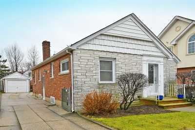 Flushing Single Family Home For Sale: 173-44 47th Ave