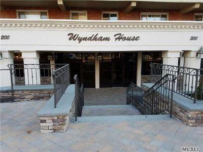 Lynbrook Co-op For Sale: 200 Atlantic Ave #201