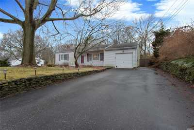 Ronkonkoma Single Family Home For Sale: 2824 Ocean Ave