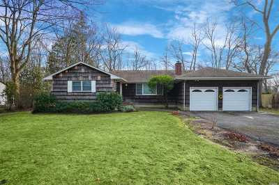 Smithtown Single Family Home For Sale: 30 Rose Ct