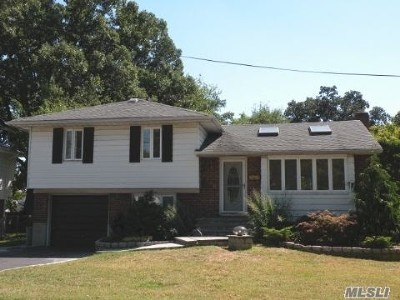 Bellmore Single Family Home For Sale: 2758 Mayfield Pl