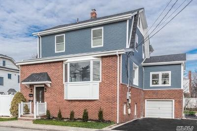 Lynbrook Single Family Home For Sale: 38 Concord St