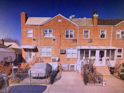 Flushing Single Family Home For Sale: 173-11 69th Ave
