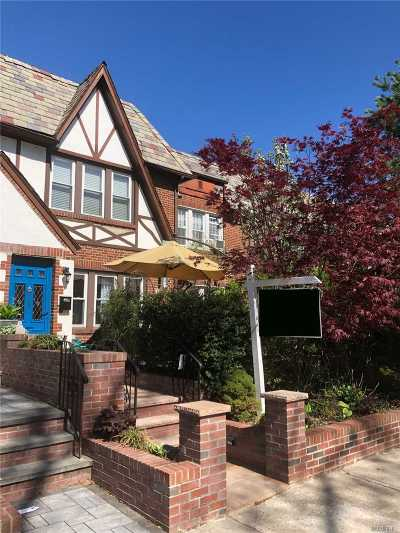 Forest Hills Single Family Home For Sale: 95-09 68th Ave