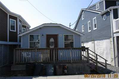 Queens County Single Family Home For Sale: 38 W 12th Rd
