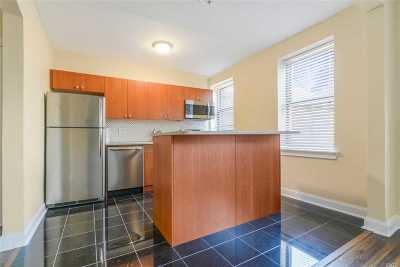 Jackson Heights Condo/Townhouse For Sale: 19-38 79th St