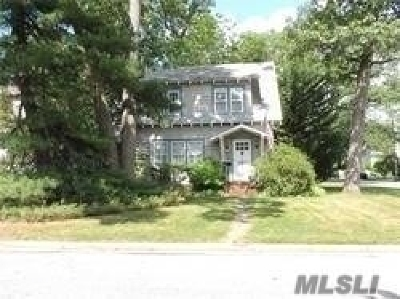 Wantagh Single Family Home For Sale: 2122 Jones Ave