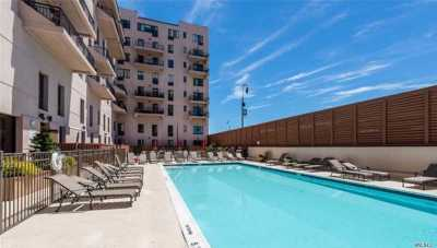 Long Beach Condo/Townhouse For Sale: 100 W Broadway #4U
