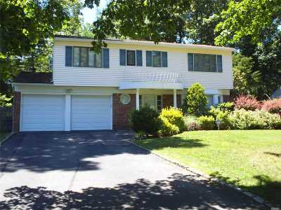 Commack Single Family Home For Sale: 6 Tulipwood Dr