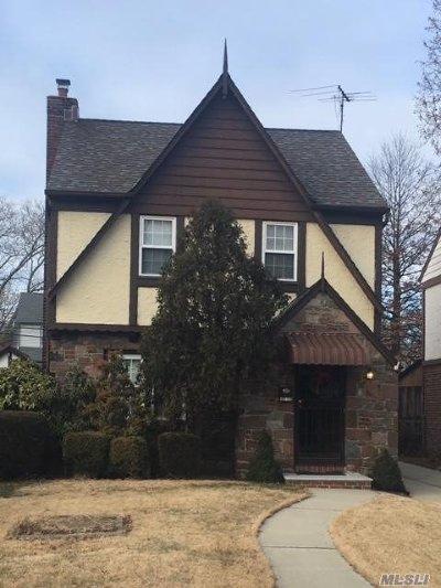 Bellerose, Glen Oaks Single Family Home For Sale: 86-10 253rd St