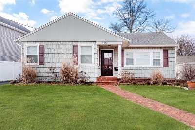 Seaford Single Family Home For Sale: 2462 Cedar St