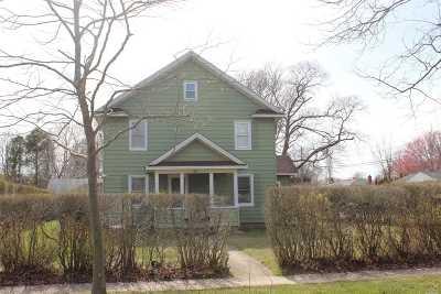 Southampton Single Family Home For Sale: 93 David Whites Ln