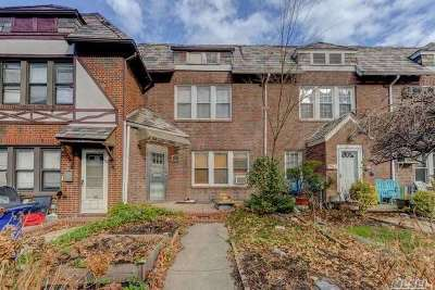 Forest Hills Single Family Home For Sale: 68-35 Harrow St