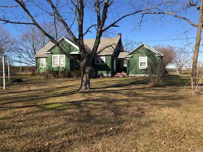 Calverton Single Family Home For Sale: 4213 Middle Country Rd