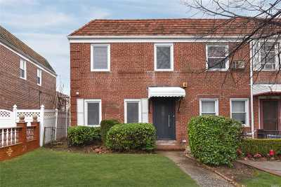 Fresh Meadows Single Family Home For Sale: 76-34 169th St