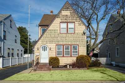 W. Hempstead Multi Family Home For Sale: 166 Fairlawn Ave