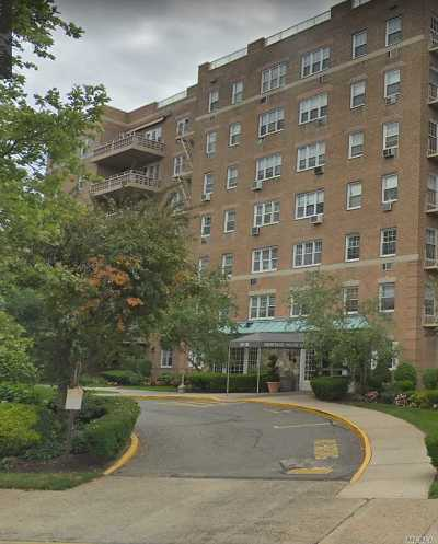 Queens County Condo/Townhouse For Sale: 151-35 84th St #3A