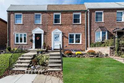 Whitestone NY Single Family Home For Sale: $788,000