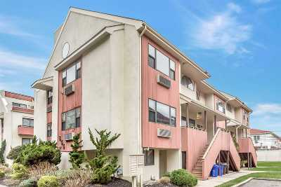 Long Beach NY Condo/Townhouse For Sale: $499,999