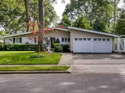 Massapequa Single Family Home For Sale: 92 Suffolk Rd