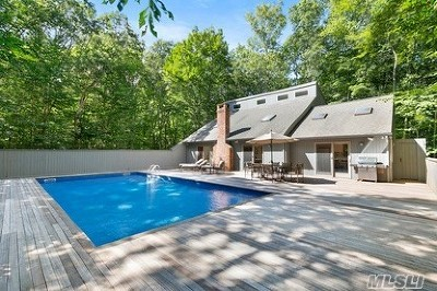 Amagansett Single Family Home For Sale: 12 Timber Trl