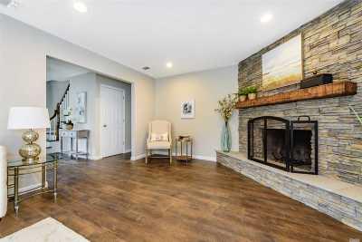 Nesconset Single Family Home For Sale: 38 Sun Hill Rd