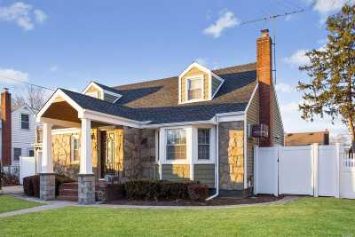East Meadow Single Family Home For Sale: 2555 7th Ave