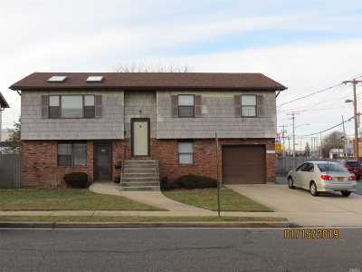 Farmingdale Single Family Home For Sale: 3 Midwood Ave