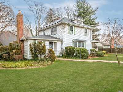 Massapequa Single Family Home For Sale: 582 Hicksville Rd