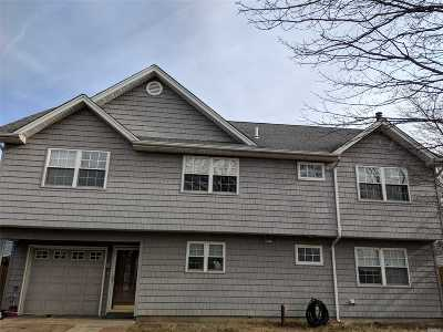 Levittown Single Family Home For Sale: 146 Bloomingdale Rd