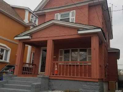 Kew Gardens, Richmond Hill Single Family Home For Sale: 97-09 110th St