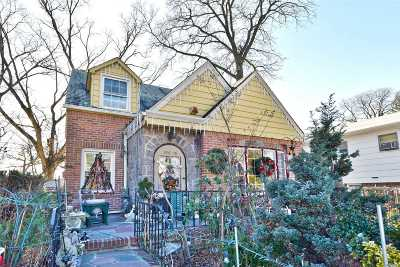 Jamaica Estates Single Family Home For Sale: 186-16 Henley Rd
