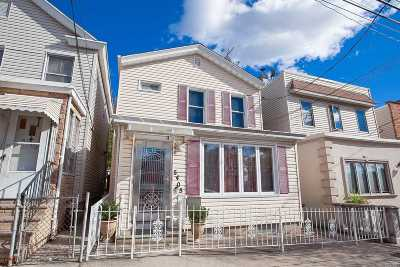 Maspeth Single Family Home For Sale: 54-05 68th St