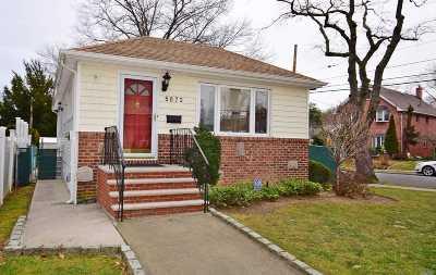 Douglaston Single Family Home For Sale: 50-73 245 St