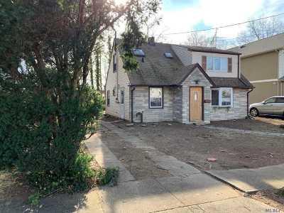 Nassau County Single Family Home For Sale: 66 Harvard St