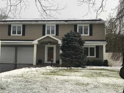 E. Northport Single Family Home For Sale: 22 Julia Ln