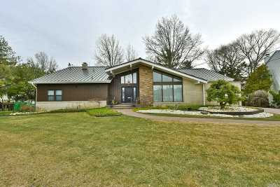 Woodmere Single Family Home For Sale: 560 Rica Ln