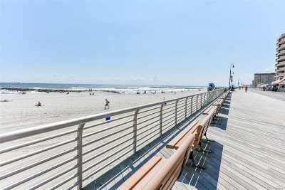 Long Beach Single Family Home For Sale: 144 E Pine St