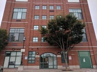 Freeport Condo/Townhouse For Sale: 70 S Main St #3E
