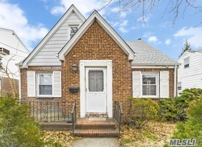 Franklin Square Single Family Home For Sale: 1054 Propp Ave